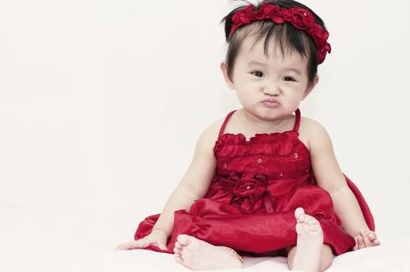 Kleines Mädchen mit lustigen Ausdruck Standard-Bild - 11806011