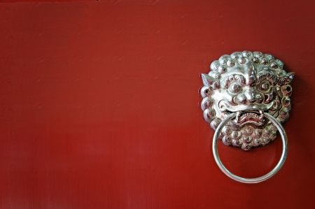 Oriental lion porte de