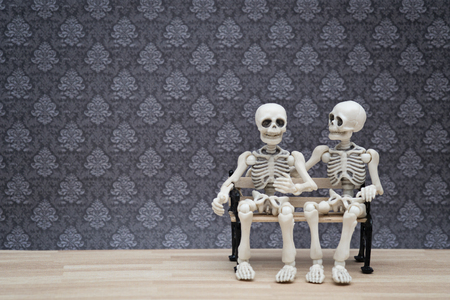 talks: skeleton talks Stock Photo