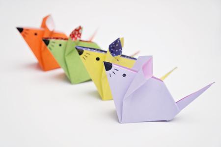 ratones: los ratones de origami Foto de archivo