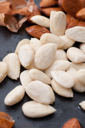 Peeled organic almonds
