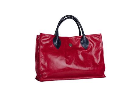 Rote Lederhandtasche isoliert auf weißem Hintergrund