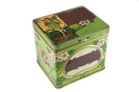 coppers: green vintage tin box closed