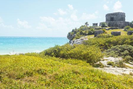 Tulum mayan ruins, Mexico, near caribbean sea 스톡 콘텐츠