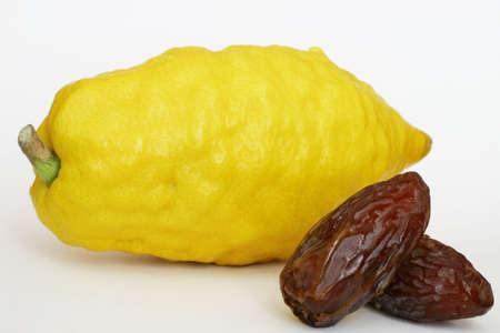 cidra: Citron y fechas Foto de archivo