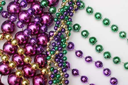 Mardi Gras bolas - de color verde, oro, p�rpura  Foto de archivo