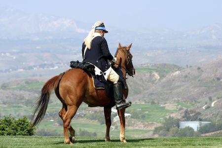 rebeldia: General a caballo listo para la batalla