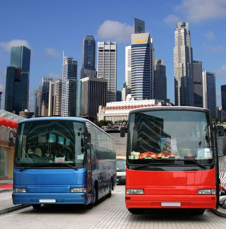 singapore building: Tourist buses in Singapore waiting for tourists