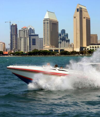 bateau de course: Courses de bateau � San Diego