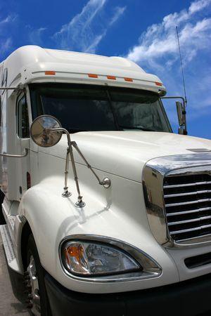 De camiones pesados en la carretera  Foto de archivo - 2702071