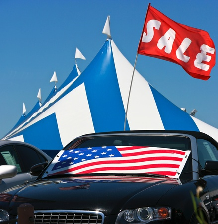 new car lot: Cars sale Editorial