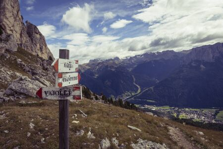 vajolet: hiking path in the Dolomites