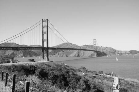 Golden gate bridge noir et blanc Banque d'images