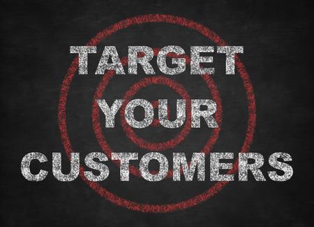 黒板にあなたの顧客の概念を対象します。