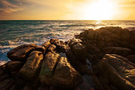 Beatiful sunset in the sea Stock Photo - 6502679