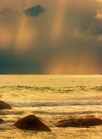 Beatiful sunset in the sea Stock Photo - 6502672
