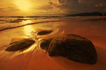 Beatiful sunset in the sea Stock Photo - 6502615