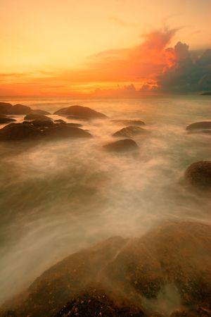 Beatiful sunset in the sea Stock Photo - 6502649