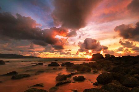 Beatiful sunset in the sea Stock Photo - 6502650