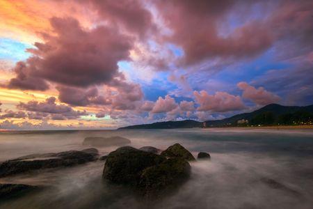 Beatiful sunset in the sea Stock Photo - 6502646
