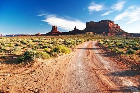 記念碑の谷で晴れた日の終わり。アリゾナ州。アメリカ合衆国 写真素材