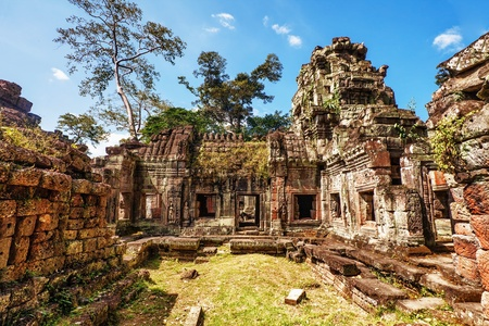 Ancient buddhist khmer temple in Angkor Wat complex, Cambodia Stock Photo - 12999717