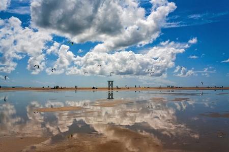 tarifa: Tarifa beach in Spain packed with kitesurfers