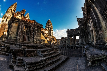 Angkor Wat Temple, Siem reap, Cambodia   Stock Photo - 17195876