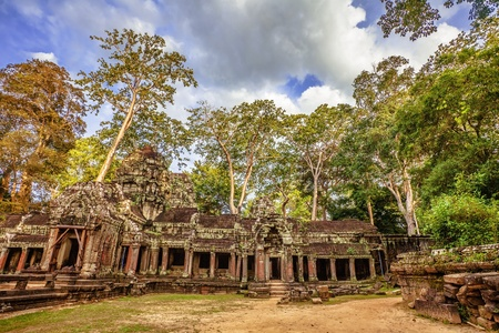 Ancient buddhist khmer temple in Angkor Wat complex, Cambodia Stock Photo - 18939150
