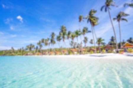defocus: Beautiful tropical beach in defocus. Nature background