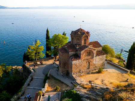 Monastery of St. John at Kaneo. Architure, tourism and religion concept. Church of St. John at Kaneo is the most characteristic of the Ohrid Lake, located in the City of Ohrid. Standard-Bild