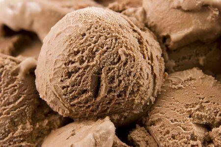 chocolate ice cream: Cr�me glac�e au chocolat
