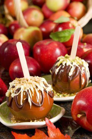 taffy apple: Caramel apples