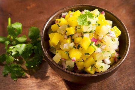 mango leaves: Mango pineapple salsa
