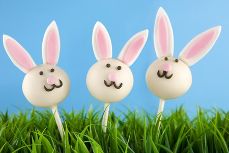 Easter bunny cake pops photo