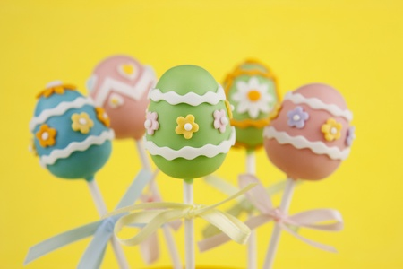 cake ball: Easter egg cake pops