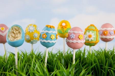 復活祭の卵ケーキ ポップス