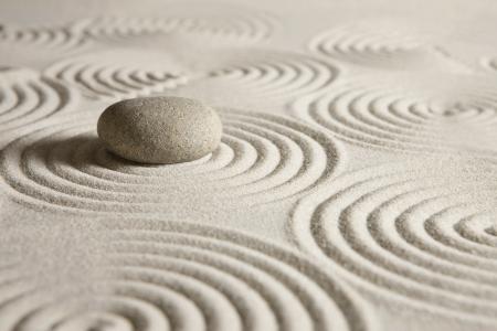 piedras zen: Jardín zen Foto de archivo