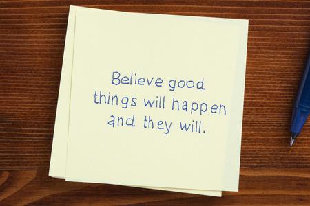 良いことが起きるし、彼らはノートに手書きが信じています。