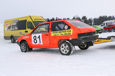 YOSHKAR-OLA, RUSSIA - FEBRUARY 03, 2018: Winter auto show. Winter group ring racing at  racetrack. Snow race. Editorial