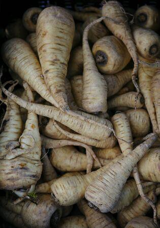dikon: A basket full of parsnips