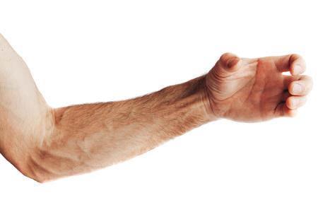 La main d'un homme mûr prend quelque chose d'isolé sur fond blanc Banque d'images