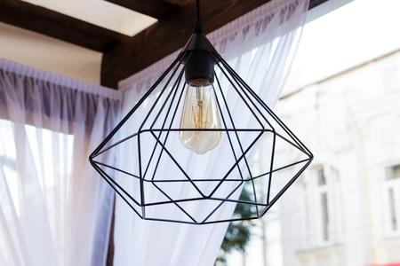 Moderne Lampen 66 : Edisons glühbirne und lampe im modernen stil warmton glühbirne