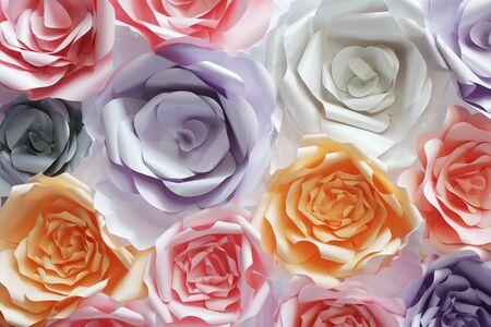 Kleurrijke bloemen papier achtergrond patroon mooie stijl.