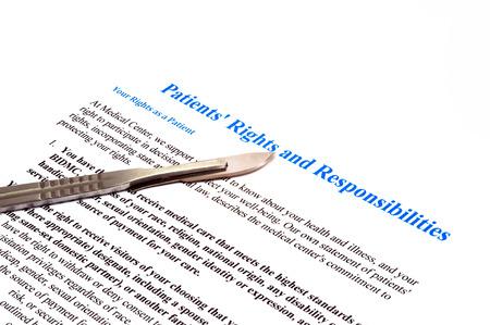aislado derechos y responsabilidades del paciente documento de declaración sobre blanco Foto de archivo