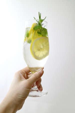 凉爽和清爽的夏季饮料