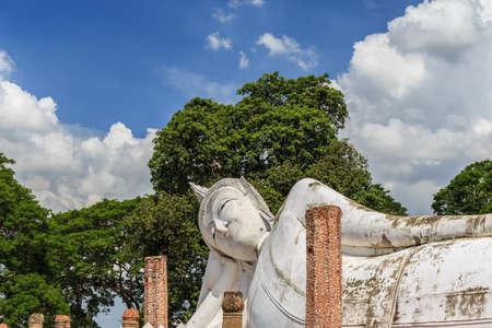 angthong: Reclining Buddha of Wat Khun Inthapramun at Angthong Province Thailand