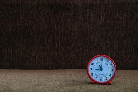 Clock at 11:00, Roman numerals at 11:00 oclock