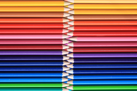 Color pencils consist of red, blue, yellow, brown, orange and else. Imagens