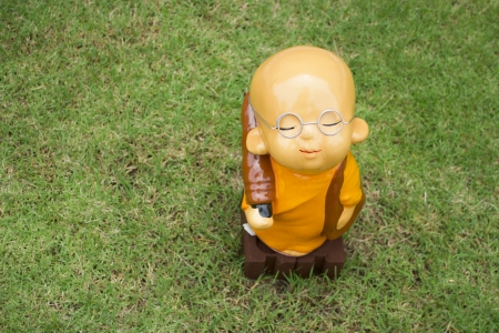 clergyman: clergyman statue ,Wat_Sothonwararam